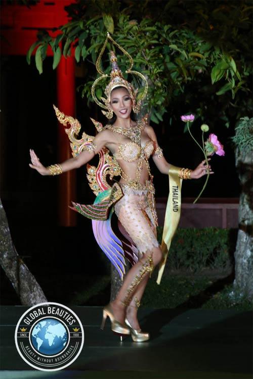 Trang phục dân tộc sexy tới ngạt thở ở cuộc thi hoa hậu - 14