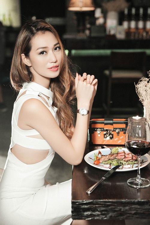 Ngắm phục trang MV tiền tỷ siêu nóng của Khánh My - 12