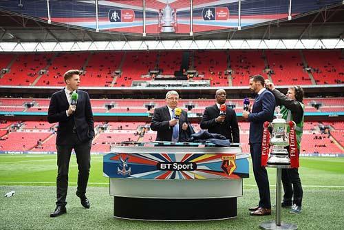 """Cup FA sắp """"lên giá"""" tỷ đô: Bóng đá Anh giàu càng giàu - 1"""