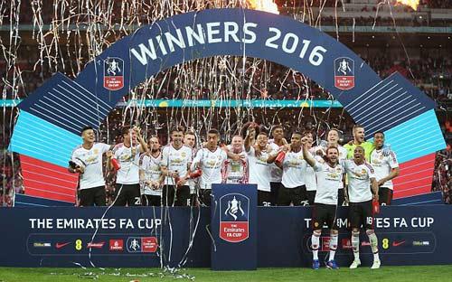 """Cup FA sắp """"lên giá"""" tỷ đô: Bóng đá Anh giàu càng giàu - 2"""