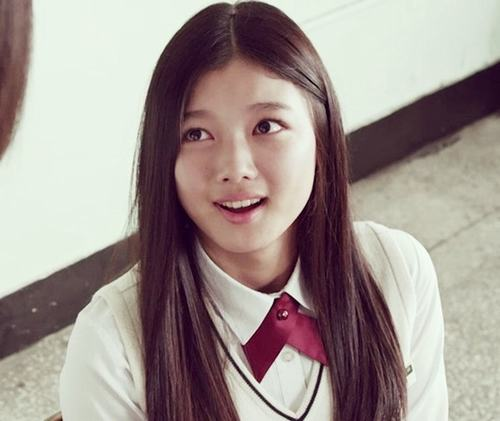 Mỹ nhân 17 tuổi trong phim Hàn bị phạt vì cảnh quay hở hang - 4