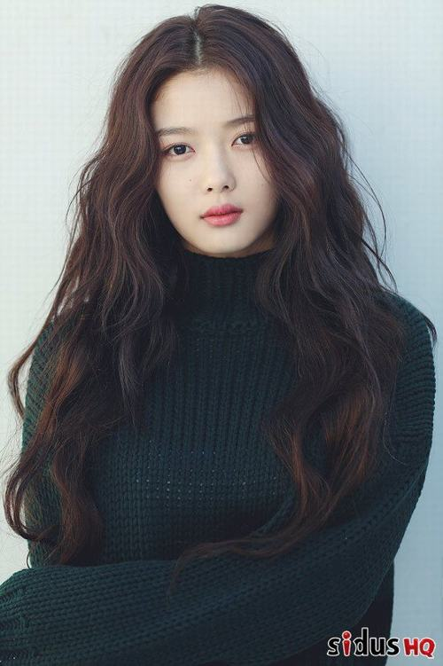 Mỹ nhân 17 tuổi trong phim Hàn bị phạt vì cảnh quay hở hang - 5