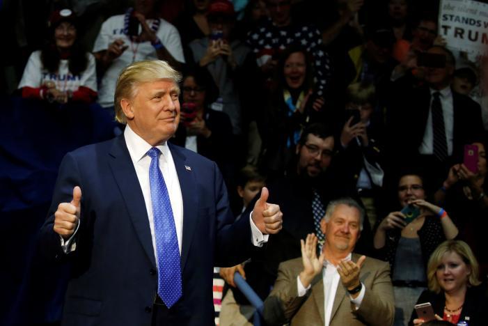 Trump: Cả thế giới ghét nước Mỹ - 2