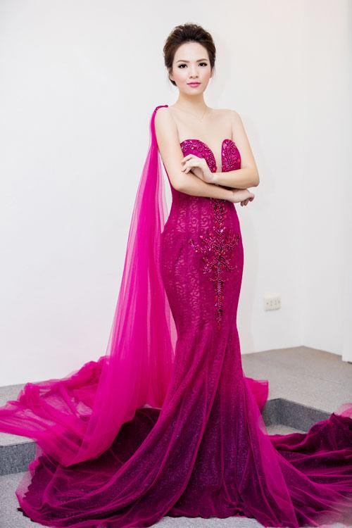 HH Mỹ Linh, Phạm Hương dẫn đầu top mặc đẹp nhất tuần - 4