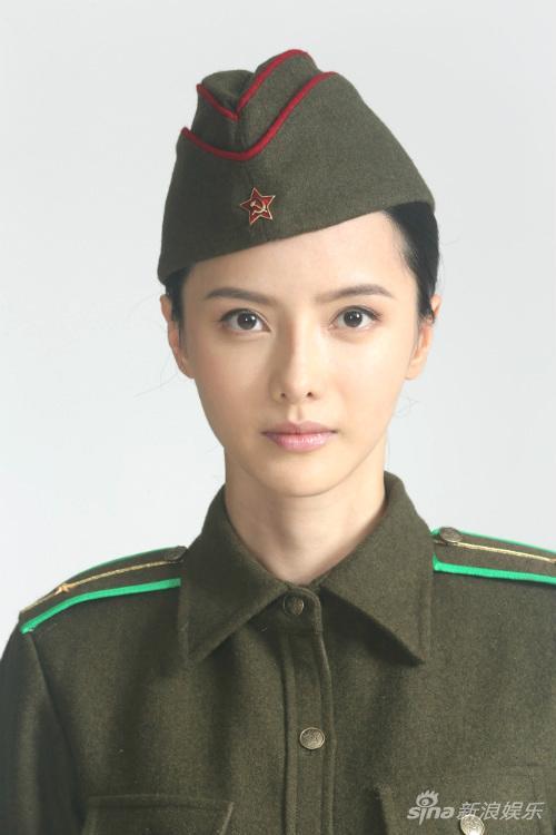Bất ngờ với phiên bản nữ đẹp tuyệt sắc của trợ lý Bao Công - 9