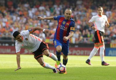 Chi tiết Valencia - Barcelona: Bàn thắng muộn màng (KT) - 3