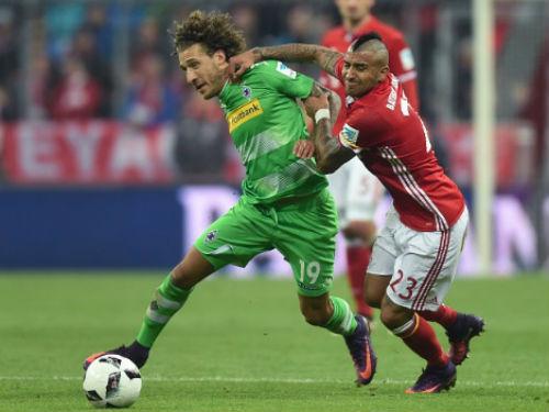 Bayern - M'gladbach: Hai cú ra đòn chóng vánh - 1