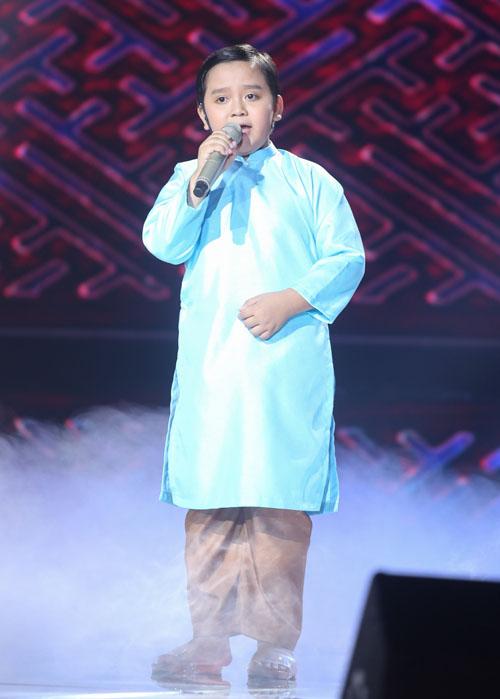 Noo Phước Thịnh rơi lệ khi học trò hát về lũ miền Trung - 6
