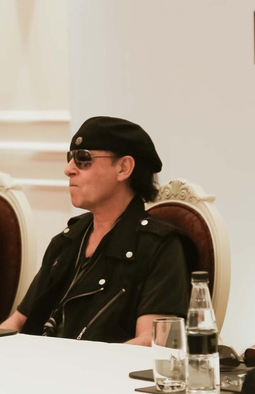 """Huyền thoại Scorpions: """"Được gặp fan Việt rất tuyệt vời"""" - 3"""