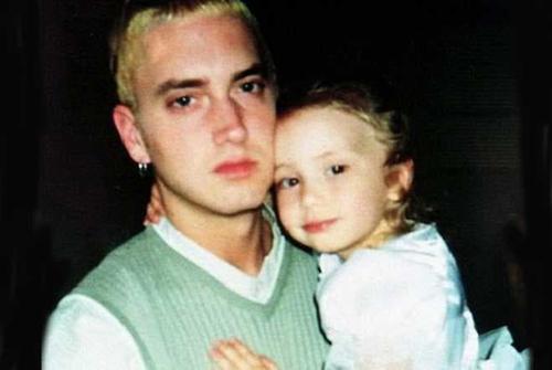 Con gái rapper Eminem lớn nhanh như thổi, xinh đến ngỡ ngàng - 3