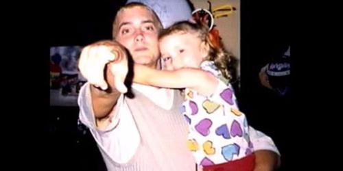 Con gái rapper Eminem lớn nhanh như thổi, xinh đến ngỡ ngàng - 4