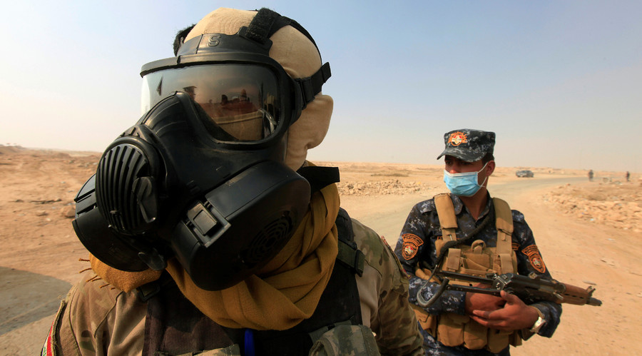 Iraq: IS đốt nhà máy hóa chất, 1.000 người nhiễm độc - 1