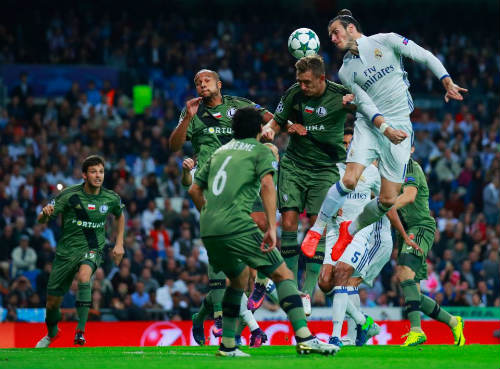 Lơ Ronaldo, Real ký hợp đồng Bale kỷ lục 195 triệu bảng - 1