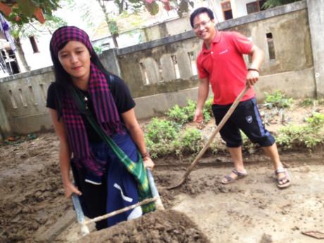 Thủ tướng truy khen tình nguyện viên Đặng Thị Thu Hương - 1