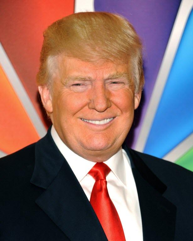 Tại sao da mặt tỷ phú Donald Trump có màu cam? - 1