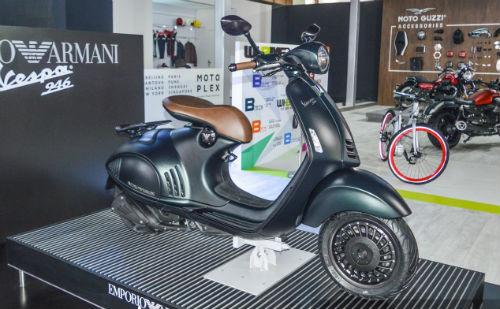 Vespa 946 Emporio Armani tái xuất giá 333 triệu đồng - 4