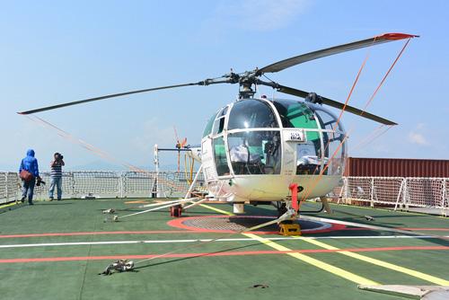 Tàu bảo vệ bờ biển Ấn Độ cập cảng Tiên Sa thăm Đà Nẵng - 2
