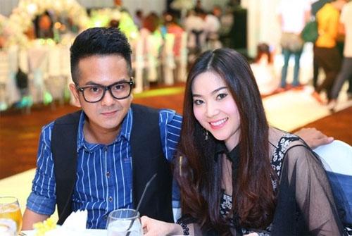 Nhan sắc vợ hot girl vừa tái hợp lại chia tay của Hùng Thuận - 4