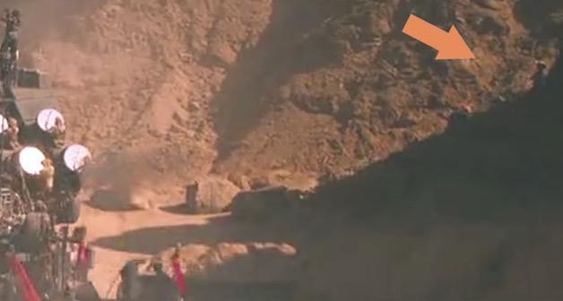Phát hoảng với loạt sạn trong 7 bom tấn Hollywood - 2