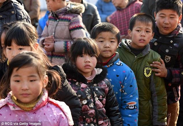 TQ: 61 triệu trẻ em không được bố mẹ chăm sóc - 2