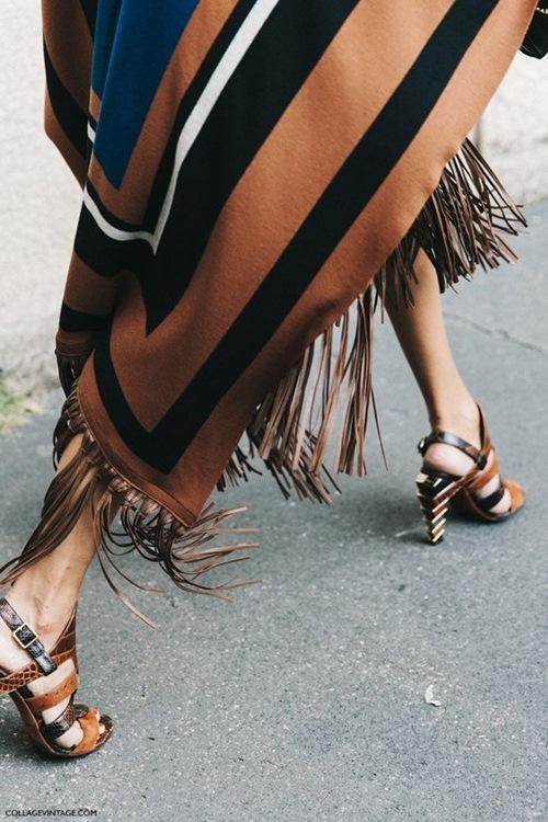 Nghệ thuật mặc đồ nâu đẹp từng cm như chân dài gốc Ý - 15