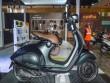 Vespa 946 Emporio Armani tái xuất giá 333 triệu đồng
