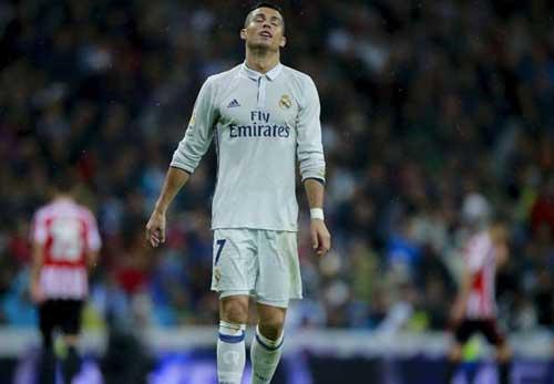Tiêu điểm vòng 9 Liga: Đỉnh cao Messi, vực sâu Ronaldo - 2