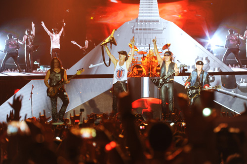 Những nghệ sĩ ấn tượng nhất Lễ hội âm nhạc quốc tế Gió Mùa - 10