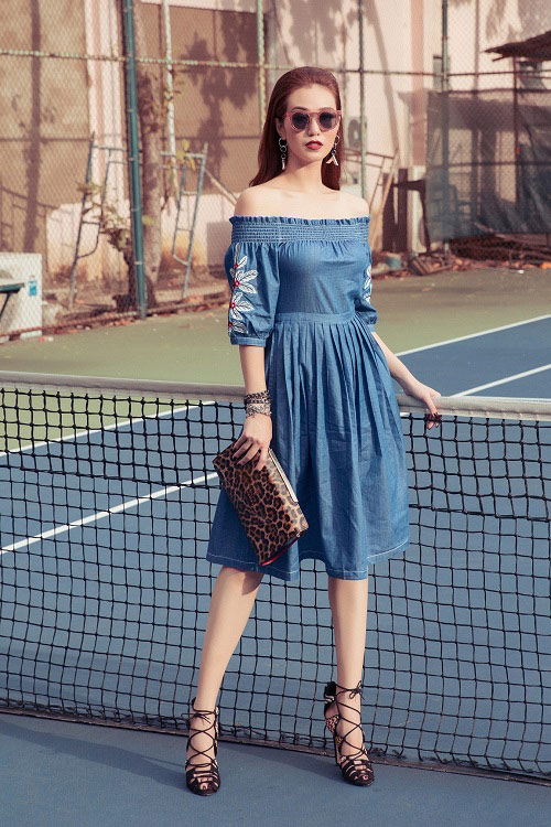 Khánh My táo bạo khoe áo ngực trên sân bóng tennis - 9