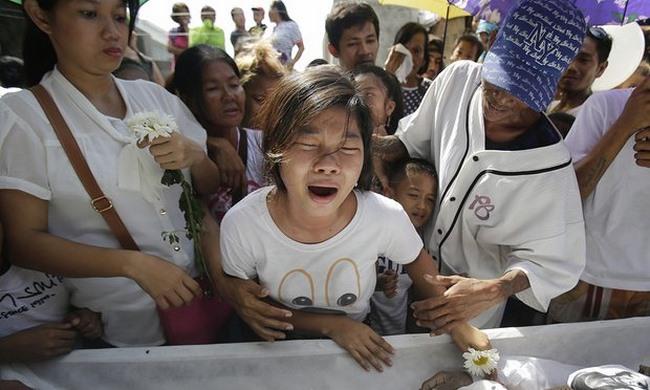 """Philippines: Nghị sĩ nhờ quốc tế điều tra vụ """"càn"""" ma túy - 1"""