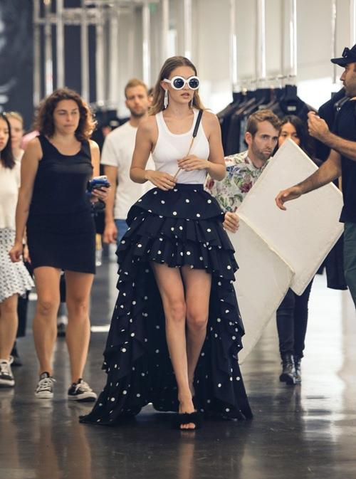 Khám phá hình mẫu thời trang trong mơ của Gigi Hadid - 15