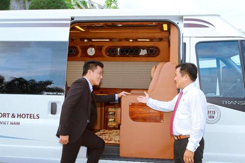 Ra mắt đội xe đưa đón tiêu chuẩn Limousine tại Resort Hòn Tằm - 3