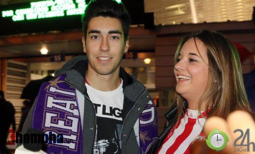Nỗi buồn Ronaldo & nụ hôn của fan nữ xinh Bilbao - 2