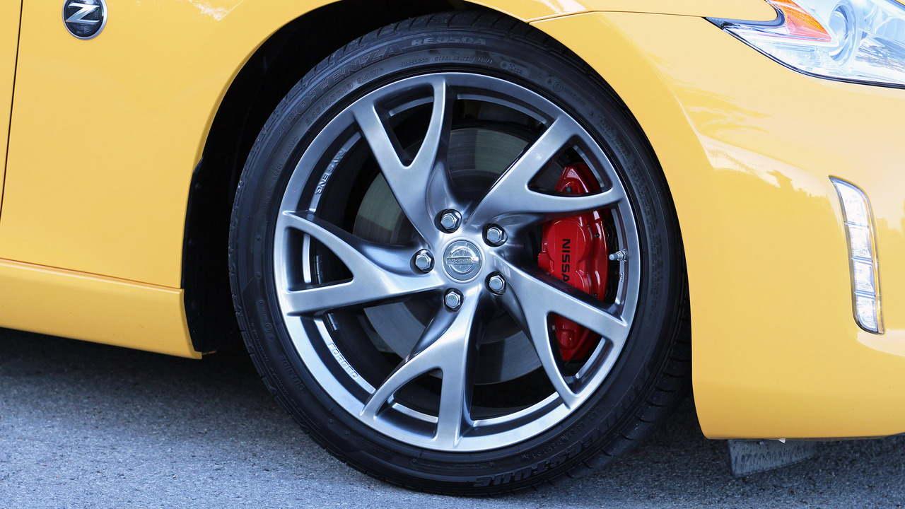 Đánh giá xe Nissan 370Z Roadster 2017 - 9