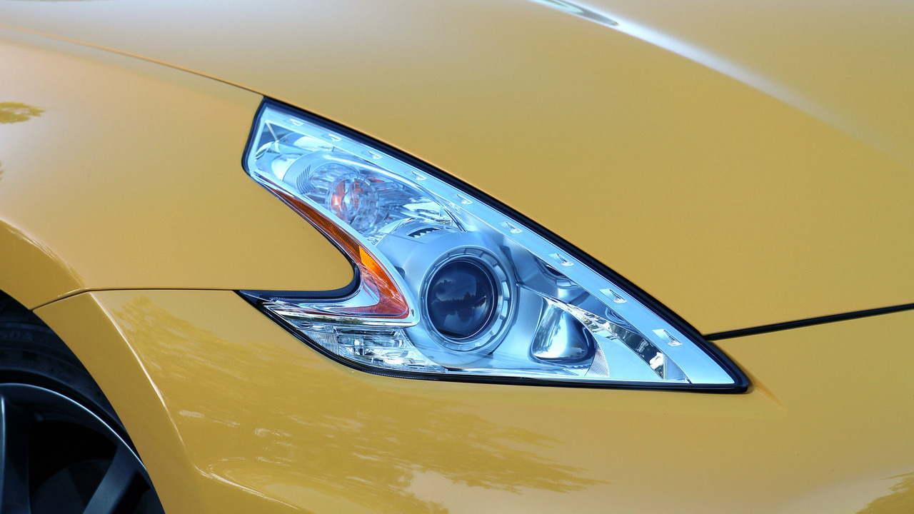 Đánh giá xe Nissan 370Z Roadster 2017 - 8