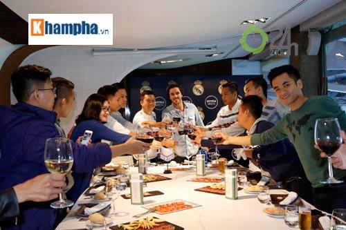 Cầu thủ phong trào Việt Nam làm khách VIP ở Real Madrid - 6