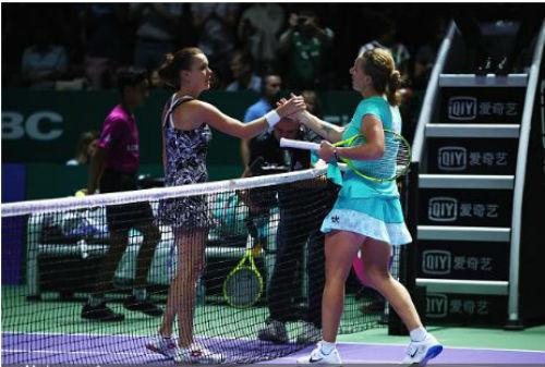 """WTA Finals ngày 2: """"Trái đắng"""" ngày ra quân cho ĐKVĐ - 1"""