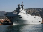 Nga mua 2 chiến hạm Pháp sản xuất với giá chỉ 1 USD?