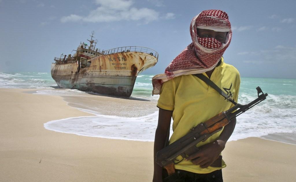 Sự thật bất ngờ về cướp biển Somalia - 1