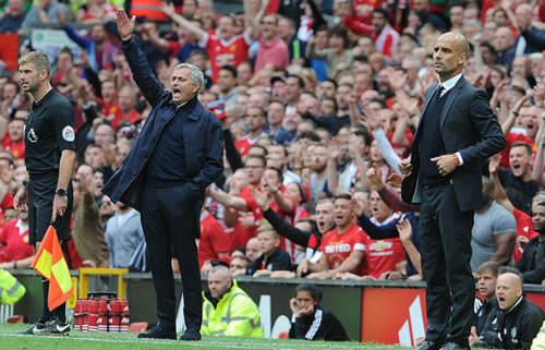 MU: Mourinho bị chỉ trích vì lạnh lùng với học trò - 3