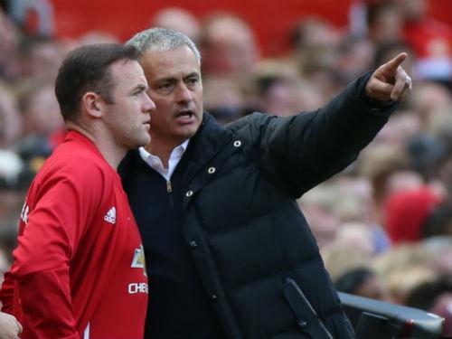 Mourinho chơi bài ngửa, khuyên Rooney rời MU - 1