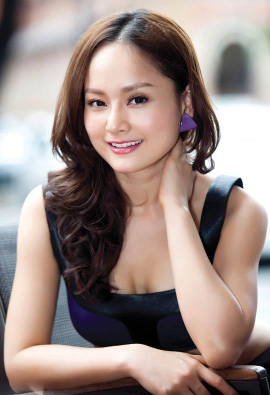 Mê mẩn ngắm 5 người đẹp Vũng Tàu hot nhất showbiz Việt - 11