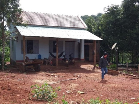 Chém chết trạm trưởng bảo vệ rừng vì xin gỗ không cho - 1