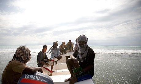 Cướp biển Somalia nguy hiểm thế nào - 3