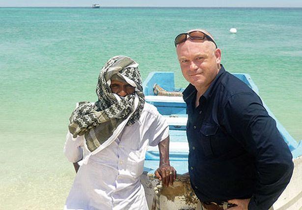 Cướp biển Somalia nguy hiểm thế nào - 4
