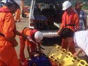 Tin tức trong ngày - Cứu ngư dân bị đau bụng, cơ thể tím tái ngoài khơi Đà Nẵng