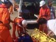 Cứu ngư dân bị đau bụng, cơ thể tím tái ngoài khơi Đà Nẵng
