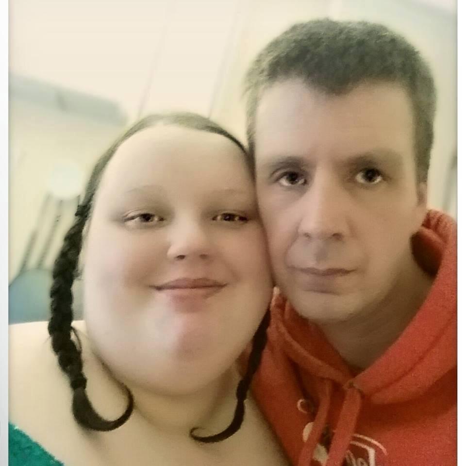 Cô gái béo nhất nước Anh bị bạn trai đá vì giảm cân - 2