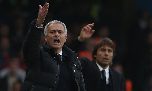 MU bất ổn: Vì Mourinho muốn thành Sir Alex - 2