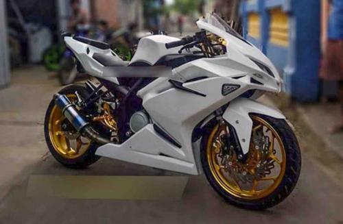"""Tròn mắt trước Sportbike """"hồn"""" Yamaha, """"xác"""" Honda - 2"""